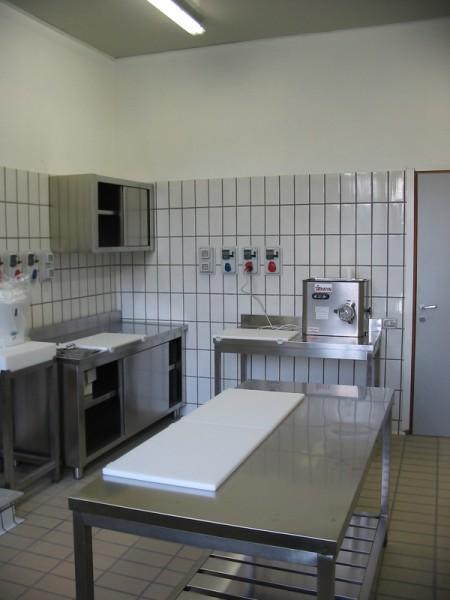 Dutto arredamenti negozi refrigerazione for Arredamento macelleria usato